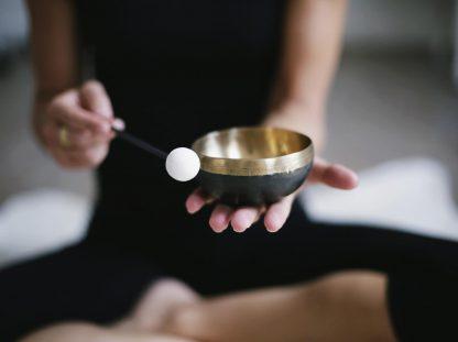 Yoga und Klang - Andrea Klug